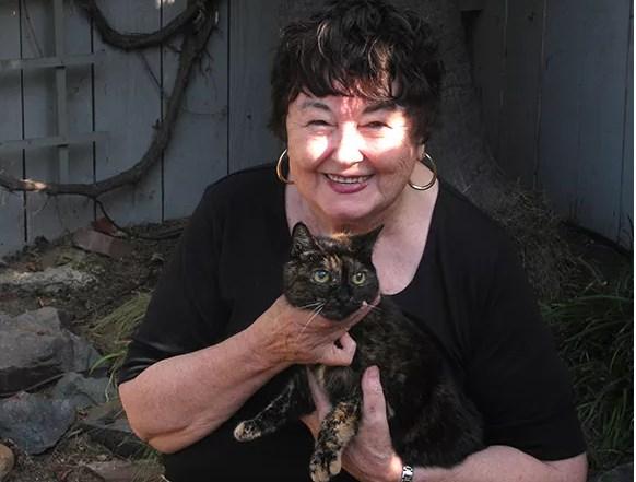 gatta più vecchia del mondo e la sua padroncina