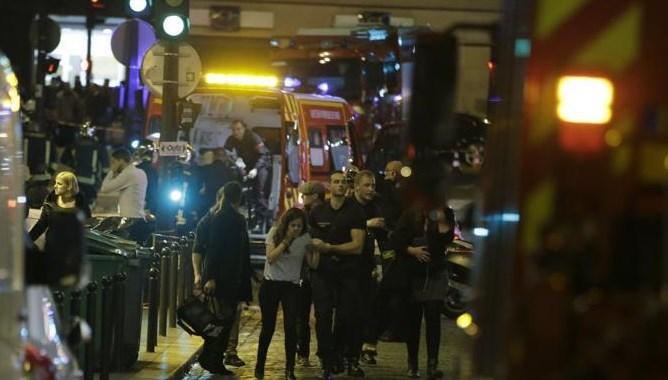 Attacco terroristico a Parigi,circa 60 morti