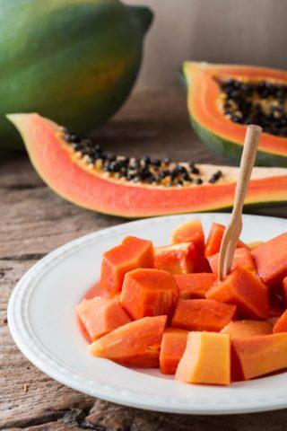 Ecco quali sono i frutti che aiutano la digestione